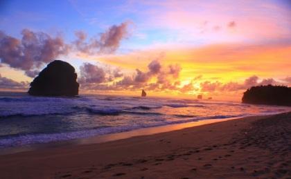 Sunset Pantai Goa Cina (19)