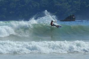 surfing di panai pulau merah